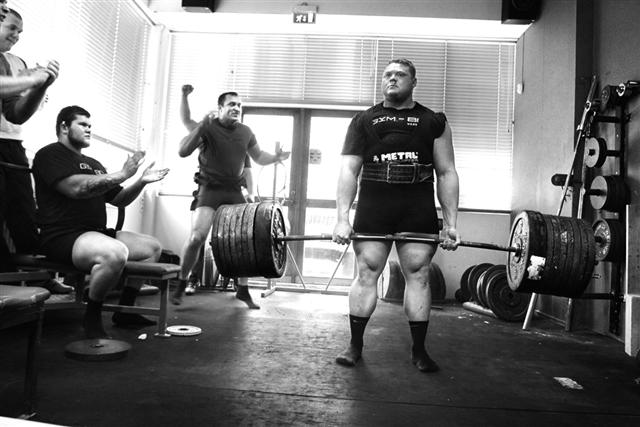 benni_deadlift